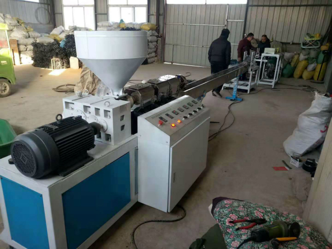 PP/PE plastic welding rod production line